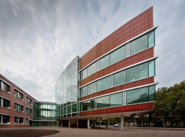 Interierfotograaf en architectuurfotograaf Robert Zwart toont foto van Rikilt Wageningen Universiteit
