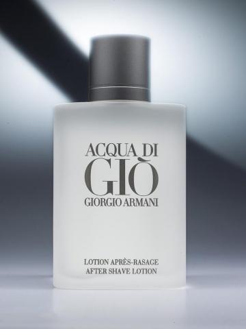 productfoto van Acqua de Gio door Robert Zwart productfotograaf