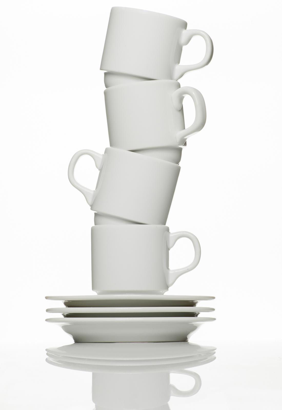productfoto van kop en schotels door robert zwart productfotograaf